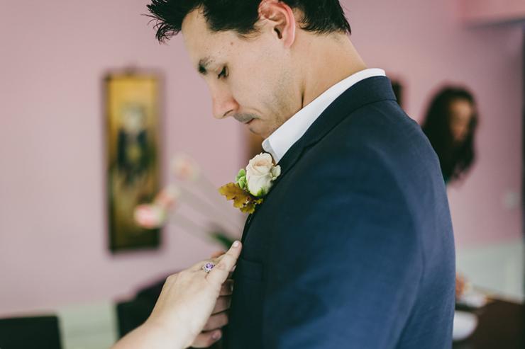 getting-ready-trentham-wedding-27_860