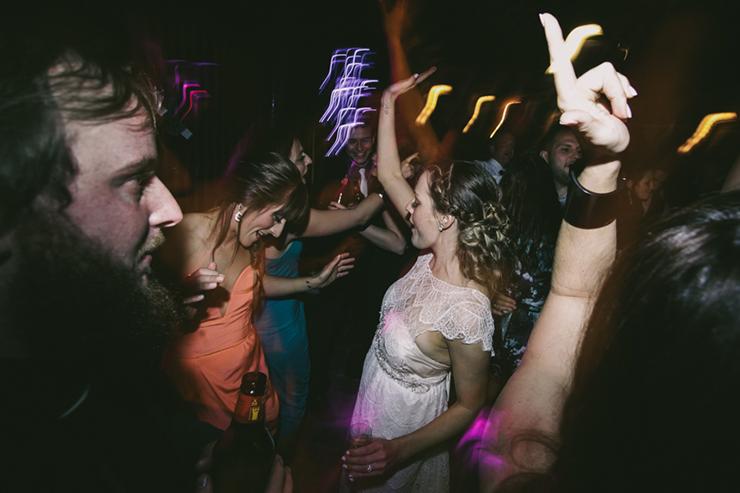 wedding-dancing-shots-22_860